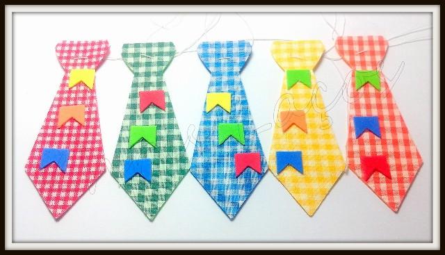 Gravata caipira M com bandeirinhas(20unidades)