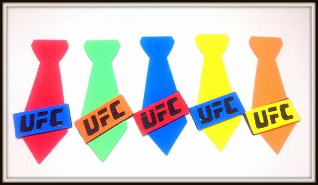 Gravata M de eva UFC para cães e gatos