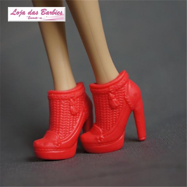 Botas De Luxo Para Barbie : *Thalía* (Vermelha)