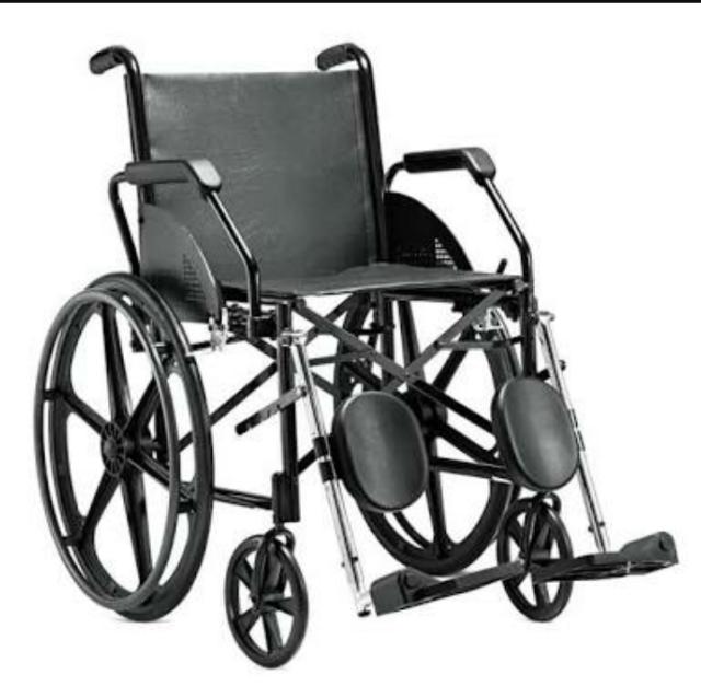 Cadeira de roda Com elevação Jaguaribe