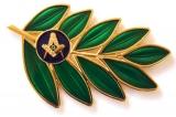 Aplique Acácia com Esquadro e Compasso Dourado