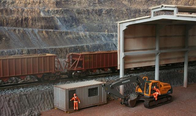 Cobertura Industrial escala HO 1:87 Holzmann Pronta Entrega