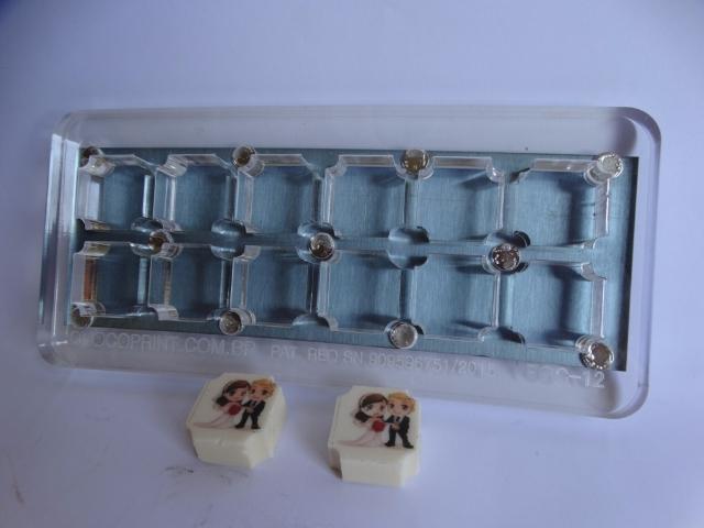 FORMA 3x3 CANTOS CONVEXOS 12 CAVIDADES 15 MM