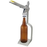 Arrolhador / fechador de Garrafas -  fechador  em ferro pintado. Para tampinhas de 26.5