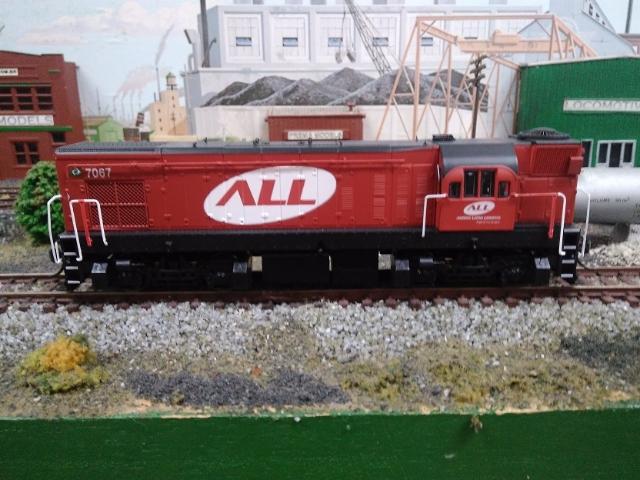 Locomotiva EMD G12 Fase III Cabeça de Saúva # 7067 - PREMA MODELS