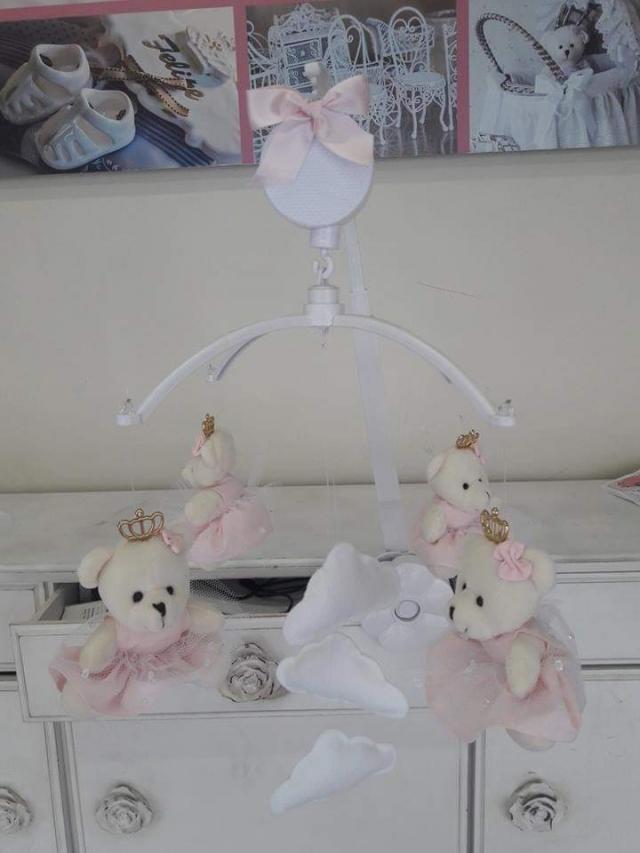 Móbile musical Ursa Princesa