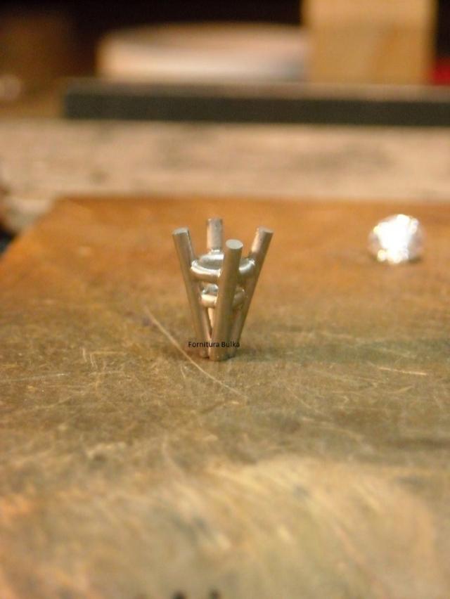 Aparelho Suporte para Soldar Garras de Anéis Solitários