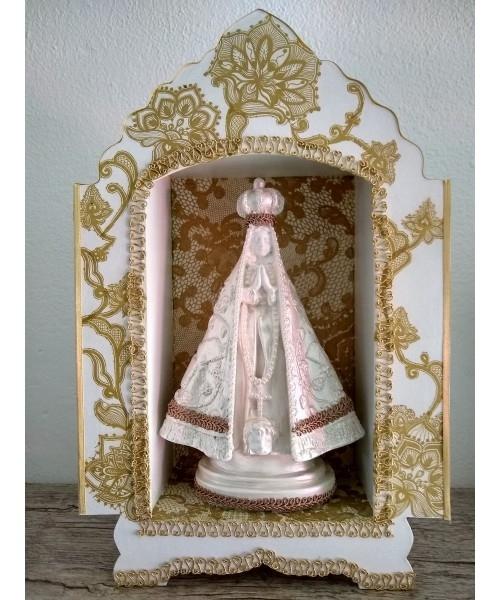 Capela em MDF Nossa Senhora Aparecida Dourada - alt34 x 22cm