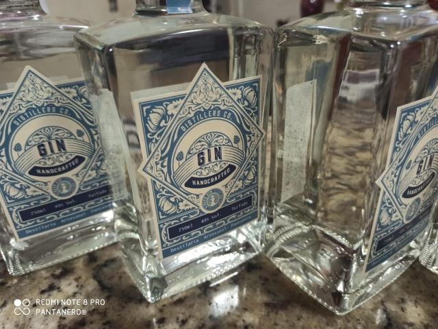 Gin Tradicional 700ml Transparente
