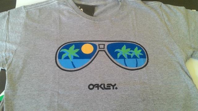 735eb7a9c6579 Camiseta Oakley Original por R 74
