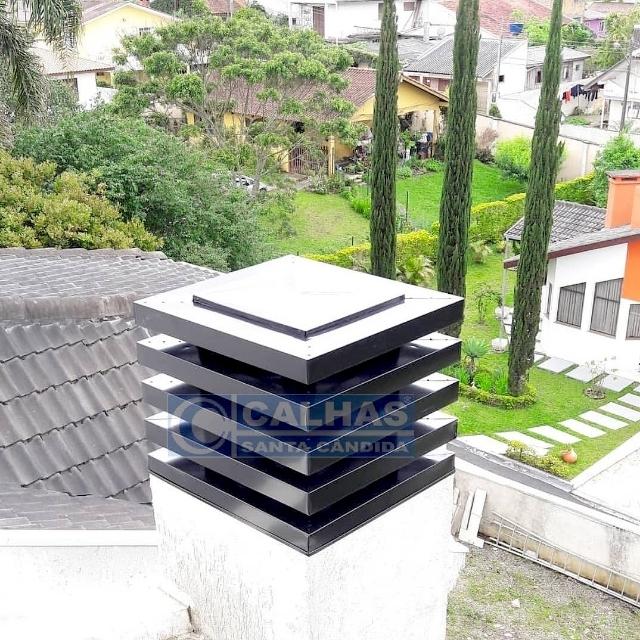 CHAPÉU ALETADO QUADRADO 50cm X 50cm
